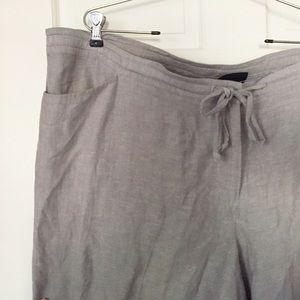 Lane Bryant linen blend capris, light gray, sz 24